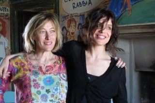 LA-PAZZA-GIOIA-Valeria-Bruni-Tedeschi-Micaela-Ramazzotti-2015