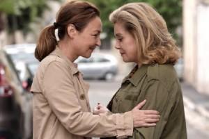 Due dive francesi in un trionfo di empatia: 'Quello che so di Lei'